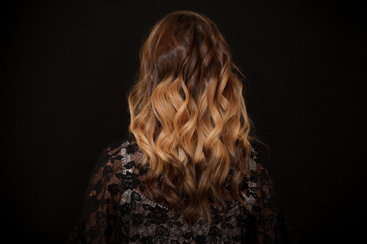 Astuces pour avoir de plus beaux cheveux naturellement